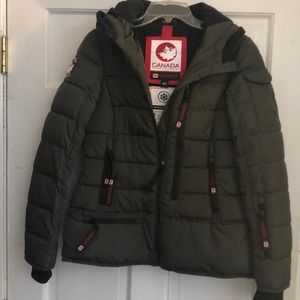 New but no tags. Canada coat